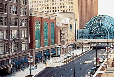 Located in the heart of downtown Indianapolis just south of Monument Circle, Circle Centre Mall is a prime retail, dining and entertainment destination for conventioneers, tourists, and the growing downtown residential animeforum.cfon: 49 W Maryland St, Indianapolis,