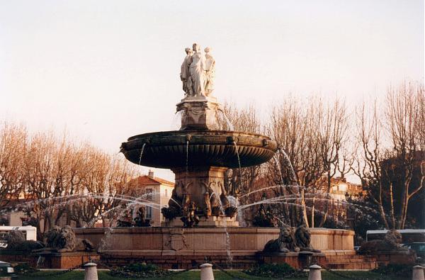 Fontaine de la rotonde aix en provence - Bureau de poste la rotonde aix en provence ...