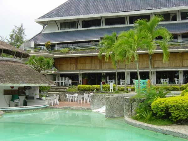 Leyte Park Swimming Pool Tacloban City