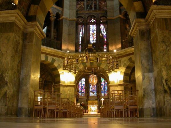 アーヘン大聖堂 - Ахен