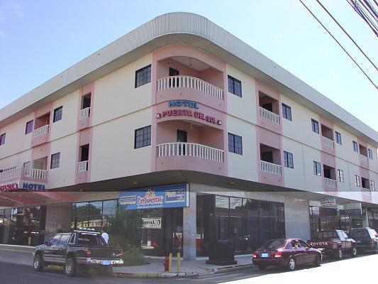 Hotel puerta del sol san jos de david for Hotel puerta de sol