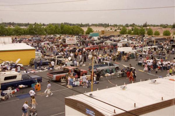 denios flea market swap meet
