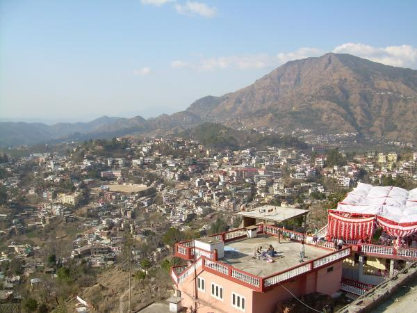 Solan India  City new picture : in Solan district in the Indian state of Himachal Pradesh. Solan ...