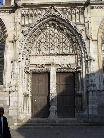 Glise st jacques le majeur et saint christophe houdan for Lieux touristiques yvelines