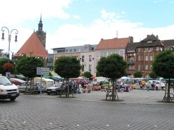 Markt De Brandenburg Havel : neust dtischer markt brandenburg an der havel ~ Yasmunasinghe.com Haus und Dekorationen