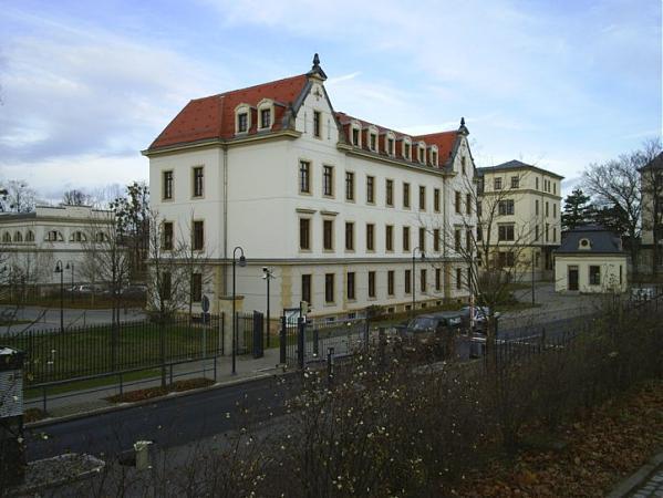 offizierschule des heeres dresden
