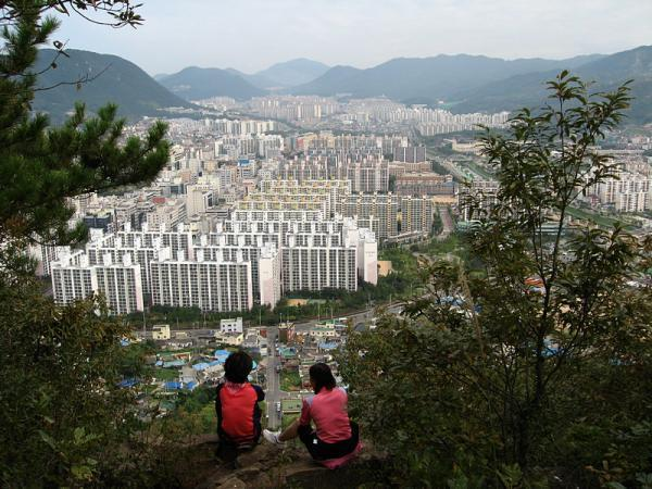 Gimhae-si South Korea  City pictures : Gimhae Hanguk Apartments foreigner central Gimhae
