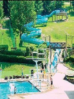 Swimming pool wheeling west virginia - Swimming pools with slides north west ...