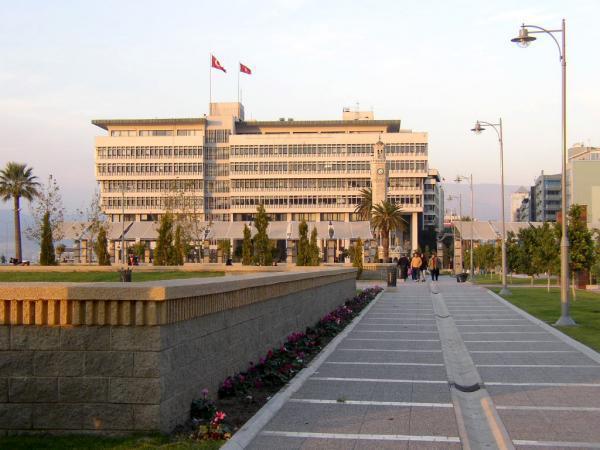 İzmir Büyükşehir Belediyesi , izmir