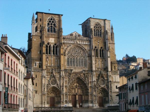 Фотографии Вьена - достопримечательности Вьена в картинках, что посмотреть во Вьене, виды Вьена