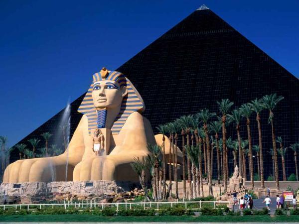 Luxor resort and casino booking