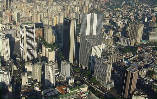 عاصمة فنزويلا من 7 حروف