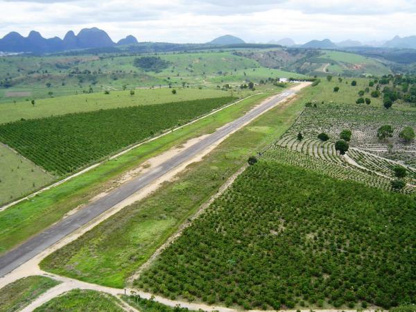 Aeroporto Espirito Santo : Aeroporto de nova venécia
