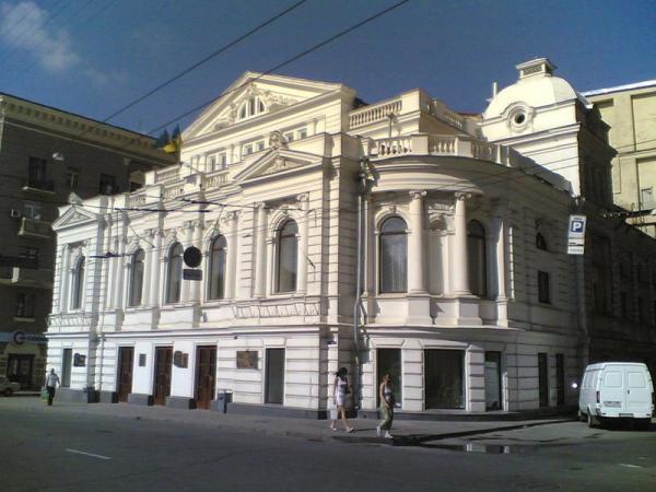 В Харькове реконструируют театр им. Шевченко