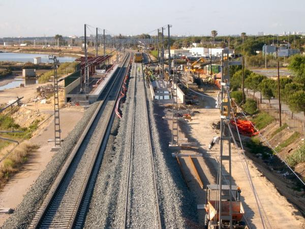 Estaci n de valdelagrana adif el puerto de santa mar a - Estacion de tren puerto de santa maria ...