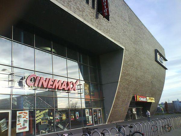 kino halle neustadt