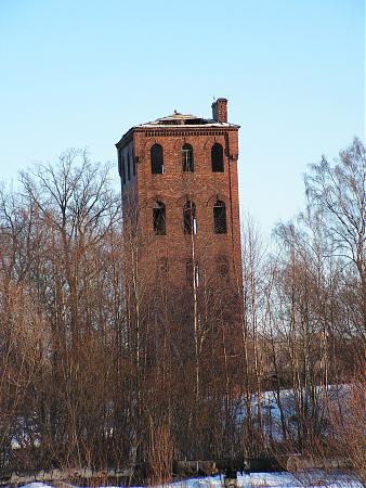 Водопорная башня на муринском ручье