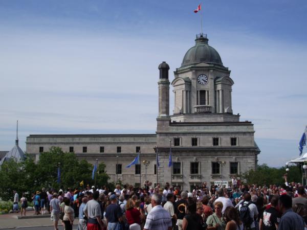 Canada post louis s st laurent building quebec city quebec
