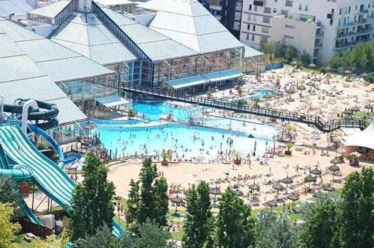 Aquaboulevard de paris paris for Piscine aquaboulevard