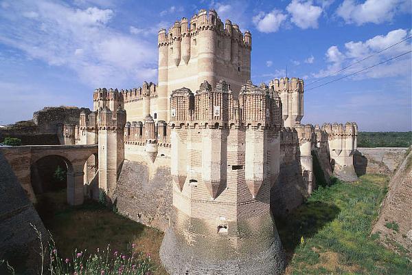 Lecce Castle Coca