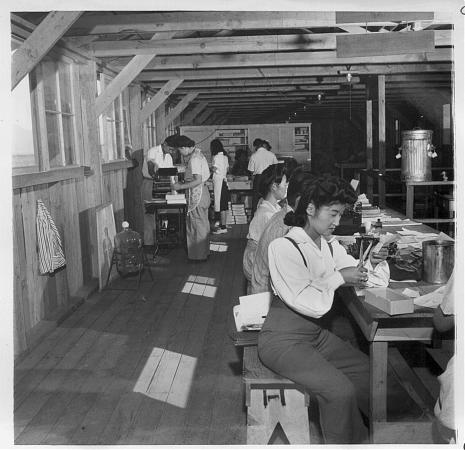 Manzanar Free Press (site) | newspaper publisher, journalism ...