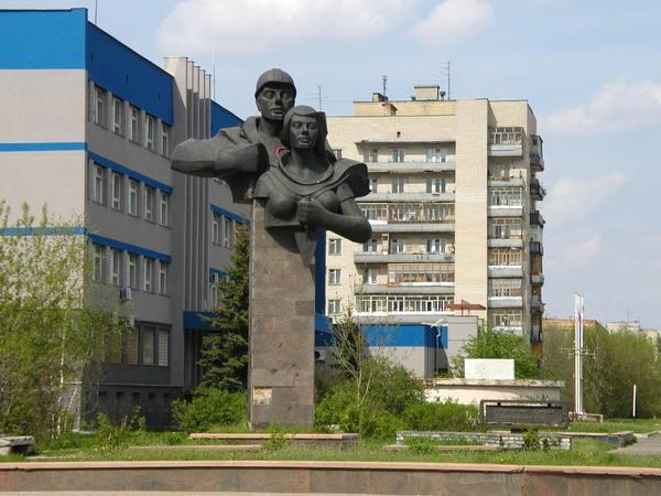 http://photos.wikimapia.org/p/00/00/55/37/02_big.jpg