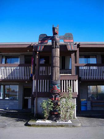 The Thunderbird Motor Inn