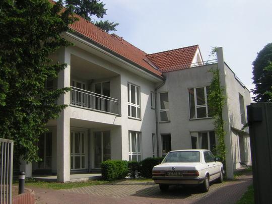 Stadtvilla wolzogenstra e 25 berlin geb ude for Mehrfamilienhaus brandenburg
