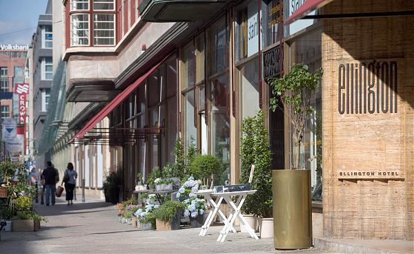 ellington hotel berlin berlin. Black Bedroom Furniture Sets. Home Design Ideas