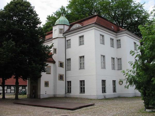 nebengeb ude jagdschloss grunewald berlin burg schloss museum. Black Bedroom Furniture Sets. Home Design Ideas