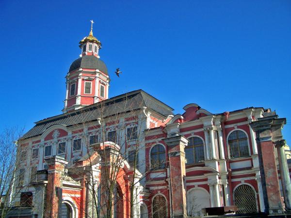 Церковь барокко памятник