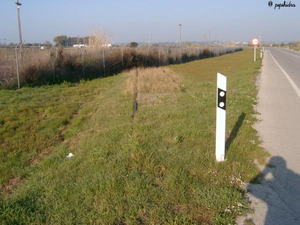 Cruce de la carretera con la antigua via del tren el puerto de santa mar a - Tren el puerto de santa maria madrid ...