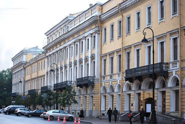 Заключительный гала - концерт с участием оперных звезд Болгарии состоялся в Большом зале Филармонии.  Особым.