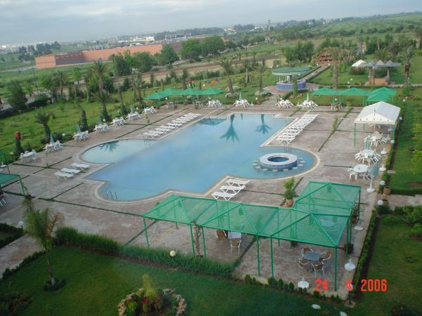 Zalagh parc palace f s for Hotel fes piscine