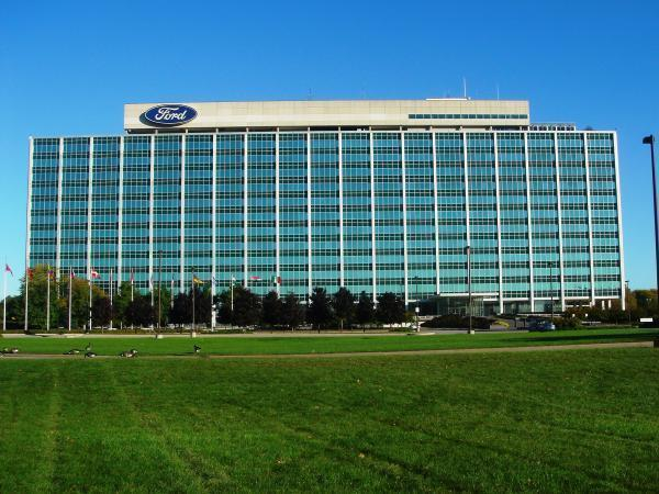 Complaints to ford motor company for Ford motors corporate office
