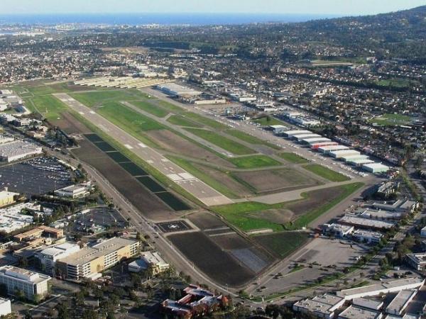 Long Beach Ca United States Lgb Long Beach Municipal