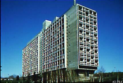 Unit d 39 habitation la cit radieuse marseille tour architecture immeuble d 39 appartements - La cite radieuse le corbusier ...