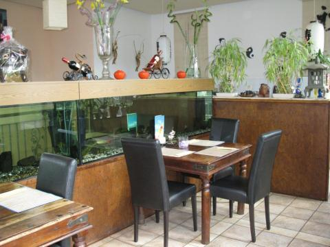 sala thai sushi bar dresden. Black Bedroom Furniture Sets. Home Design Ideas