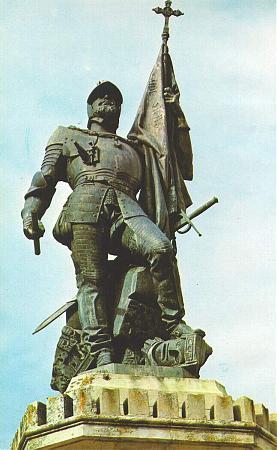 Resultado de imagen de estatua hernan cortes