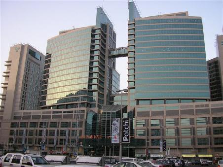 Abu Dhabi Mall and Rotana Beach Hotel Complex - Abu Dhabi