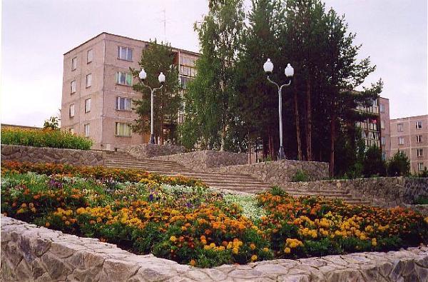 ул. Белова, 9а является многоквартирный жилой дом находится наул.  Белова в Полярные Зори. ул. Белова, 9а - Полярные...