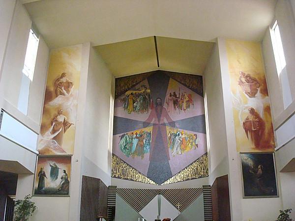 http://photos.wikimapia.org/p/00/00/79/54/18_big.jpg