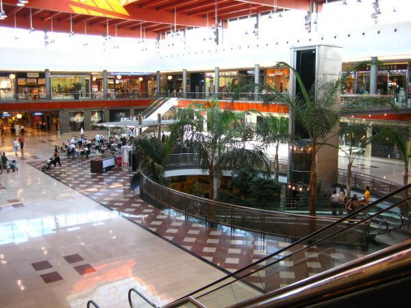 Centro comercial la ca ada marbella - Zara malaga centro ...