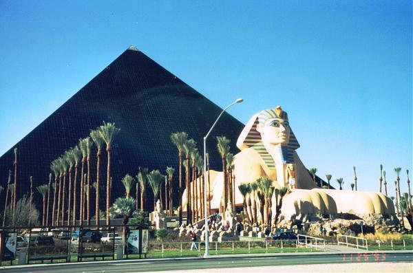 Luxor resort hotel and casino free alcohol casinos