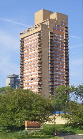 Summit Condominiums Kansas City
