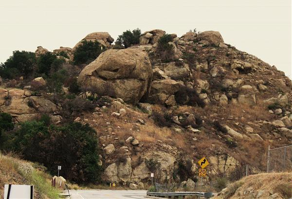 Garden of the gods los angeles california for Landscaping rocks in los angeles