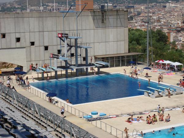 Piscina municipal de montjuic barcelona for Piscina 50 metros barcelona