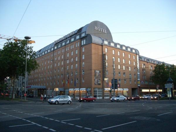 renaissance karlsruhe hotel karlsruhe