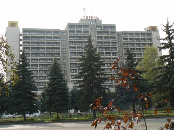 Интурист-Закарпатье - Ужгород 237ca3df78a14