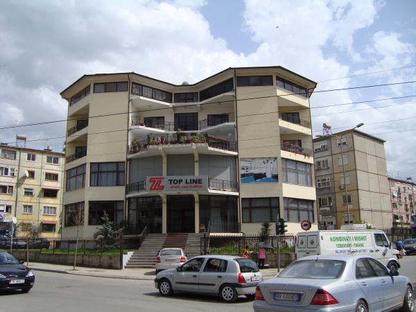 Top line tiran for Brunes albania